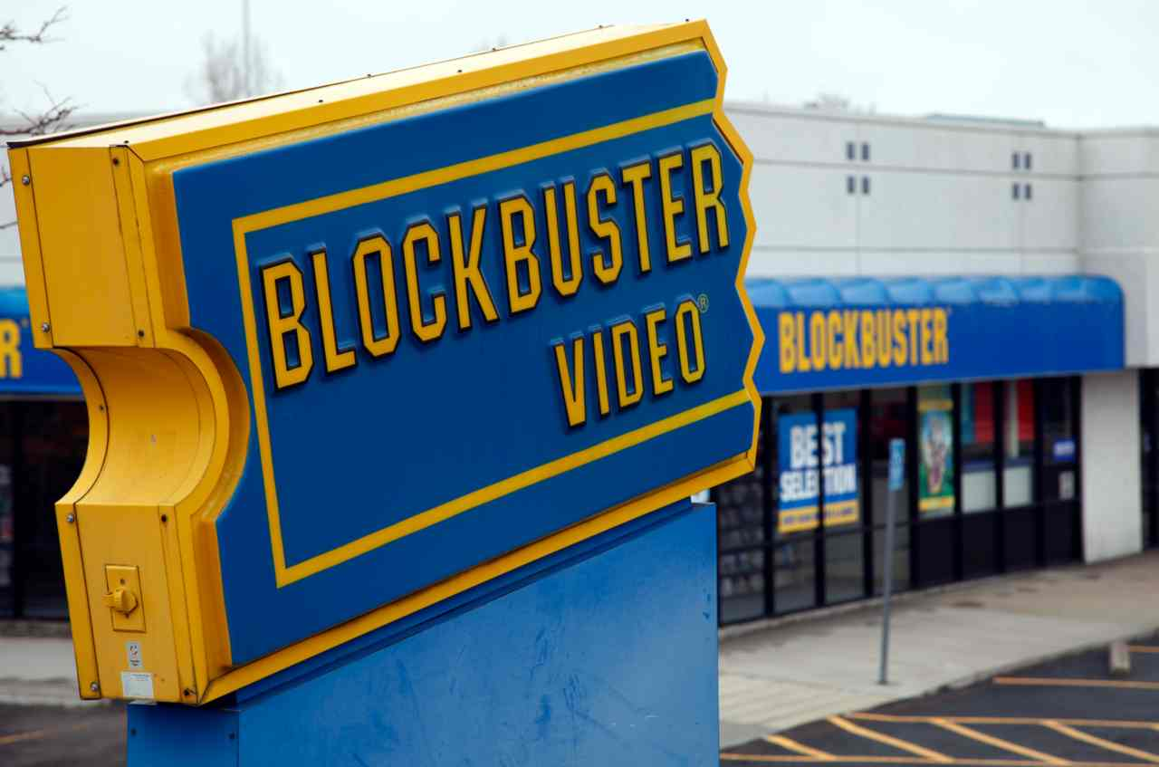 "Blockbuster blocked the Netflix deal | In 2000, when Reed Hastings offered his new startup Netflix for $50 million to the American-based home movie and video game provider, Blockbuster, CEO John Antioco wrote off the proposition as a ""very small niche business"". The words haunt him to this day as Netflix today is worth $141.9 billion, while Blockbuster ceased operations in 2013. - Source: Business Insider (Image: Reuters)"