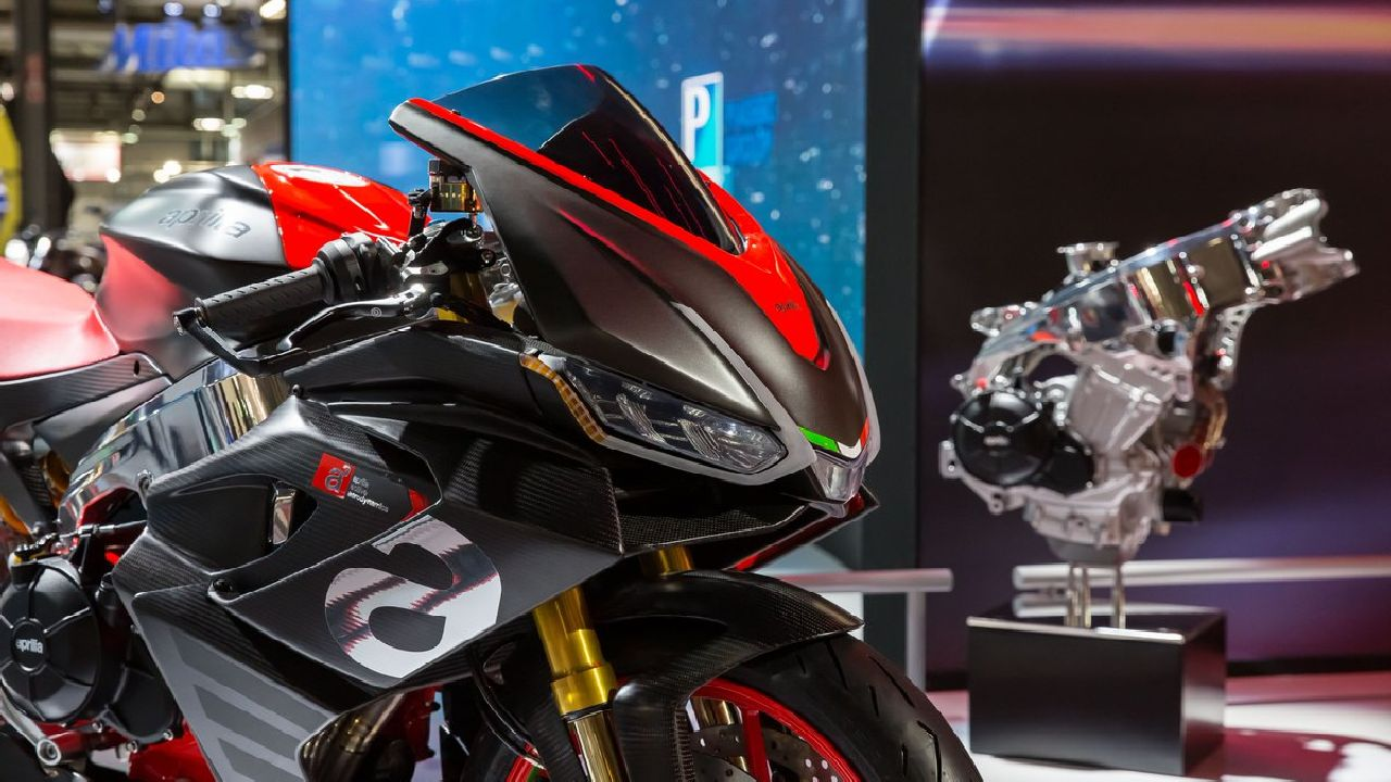 Aprilia RS 660 | The Aprilia RS 660 is going to be the base model for the 600cc segment the company plans to introduce. The concept's 660cc engine is derived has been derived from the Aprilia RSV4's 1100cc engine and will produce close to 100 PS of power and 90 Nm of torque. (Image source: Aprilia)
