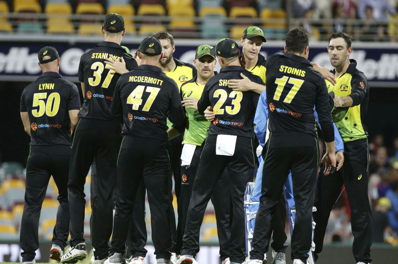 Aussies picked up the wickets of Krunal Pandya and Dinesh Karthik as India faltered in the chase. Although the match went all the way down to the last over, Aussies managed a narrow 4-run victory. (Image: AP)