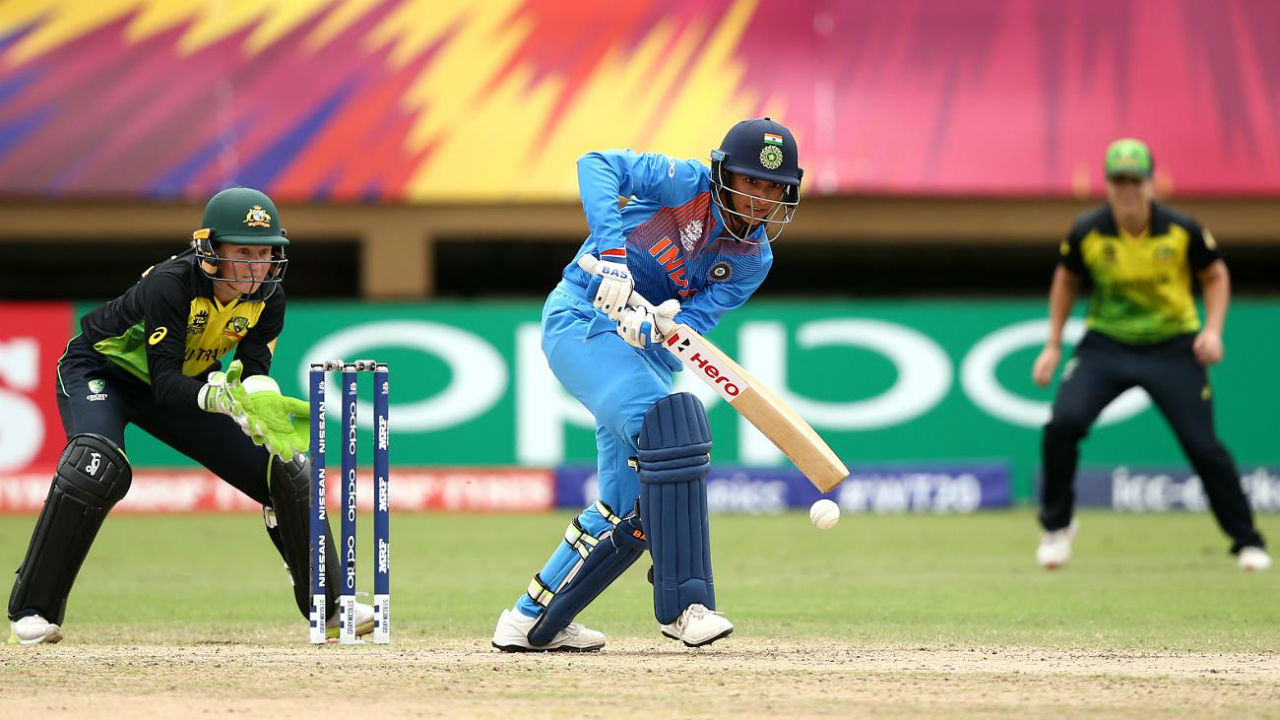 Loss of early wickets meant that the responsibility fell on the shoulders of Smriti Mandhana and Indian skipper Harmanpreet Kaur to guide the team through precarious phase. (Image: www.icc-cricket.com)