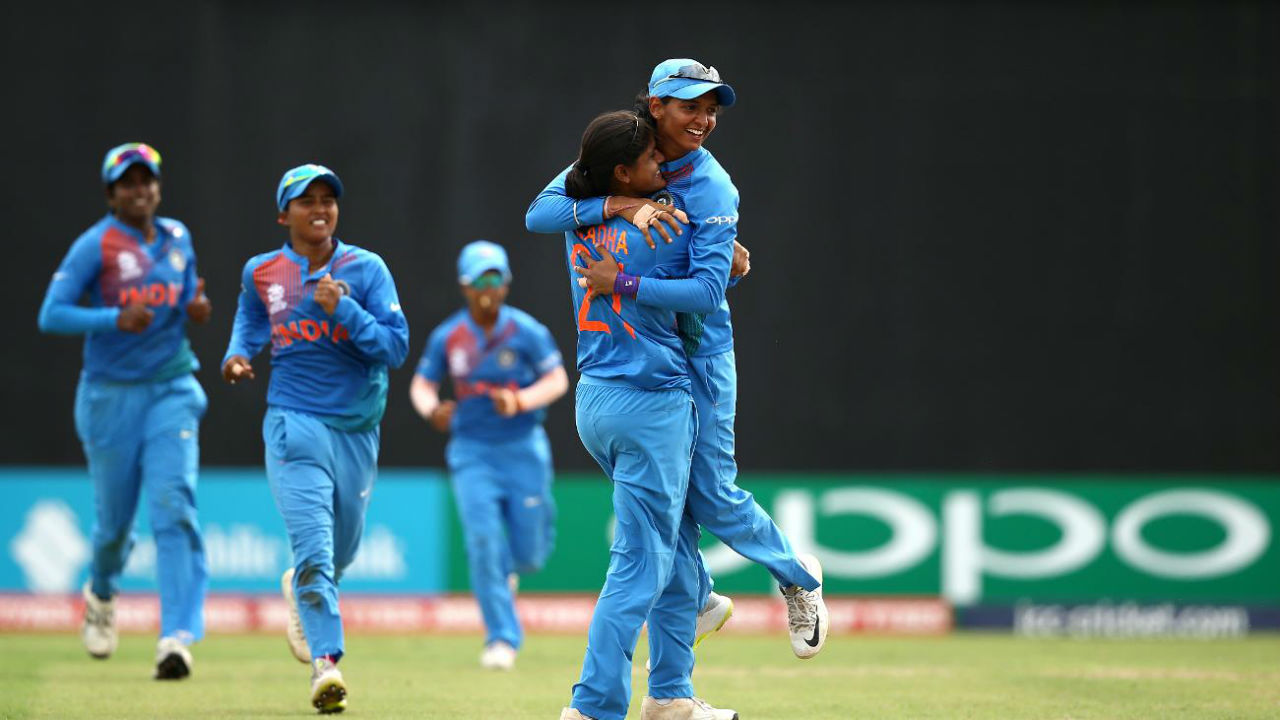 Indian spin quartet of Anuja Patil, Deepti Sharma, Radha Yadav and Poonam Yadav had a filed day against Australian batting lineup as they combined to all 9 wickets to fall in Australian innings. Alyssa Healy did not bat owing to her injury. Pati was the stand out bowler as he bowled a spell of 3/15 in just 3.4 overs. (www.icc-cricket.com)