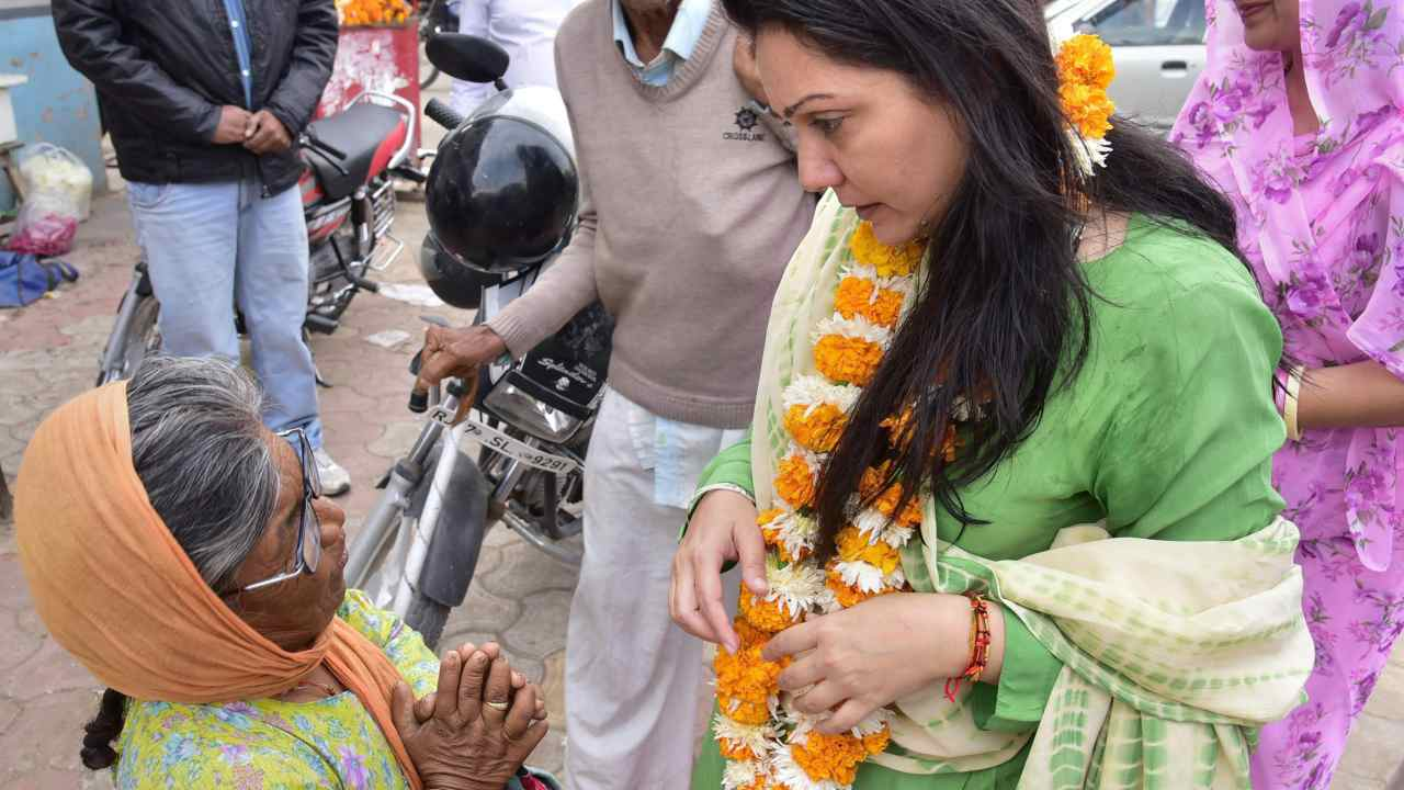 BJP candidate Siddhi Kumari, a member of the royal family, during an election campaign in Bikaner. (Image: PTI)