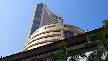 Closing Bell: Sensex ends 190 pts higher, Nifty around 10,550 despite Patel's exit, setback for BJP