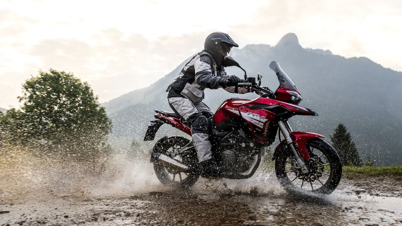 Benelli TRK 250 | The much awaited Benelli TRK 250 was finally unveiled. Powered by a 249cc liquid-cooled engine the Adventure tourer gets 24.5 PS of power and 21 Nm of torque. Power is sent to the rear wheel via a 6-speed gearbox. (Image source: Benelli)