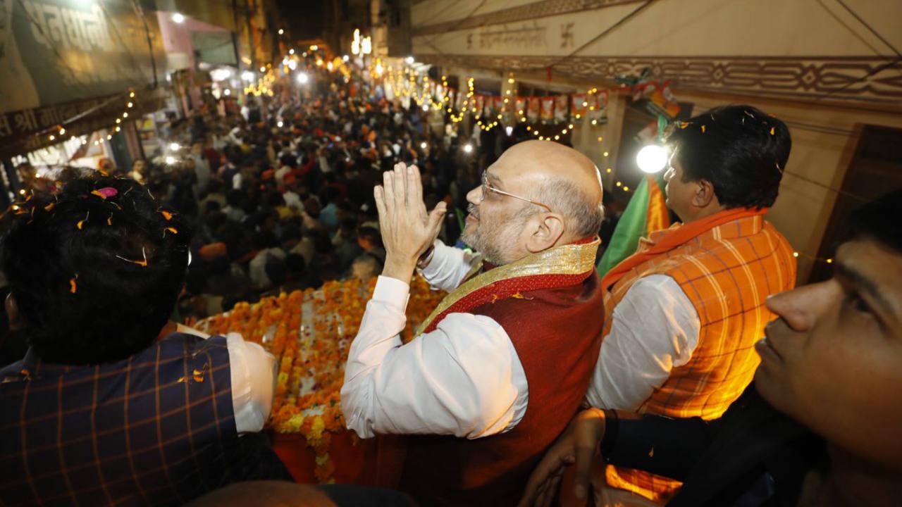 Bharatiya Janata Party (BJP) President Amit Shah holds a road show in Satna, Madhya Pradesh on November 18. (Image: Twitter.com/@AmitShah)
