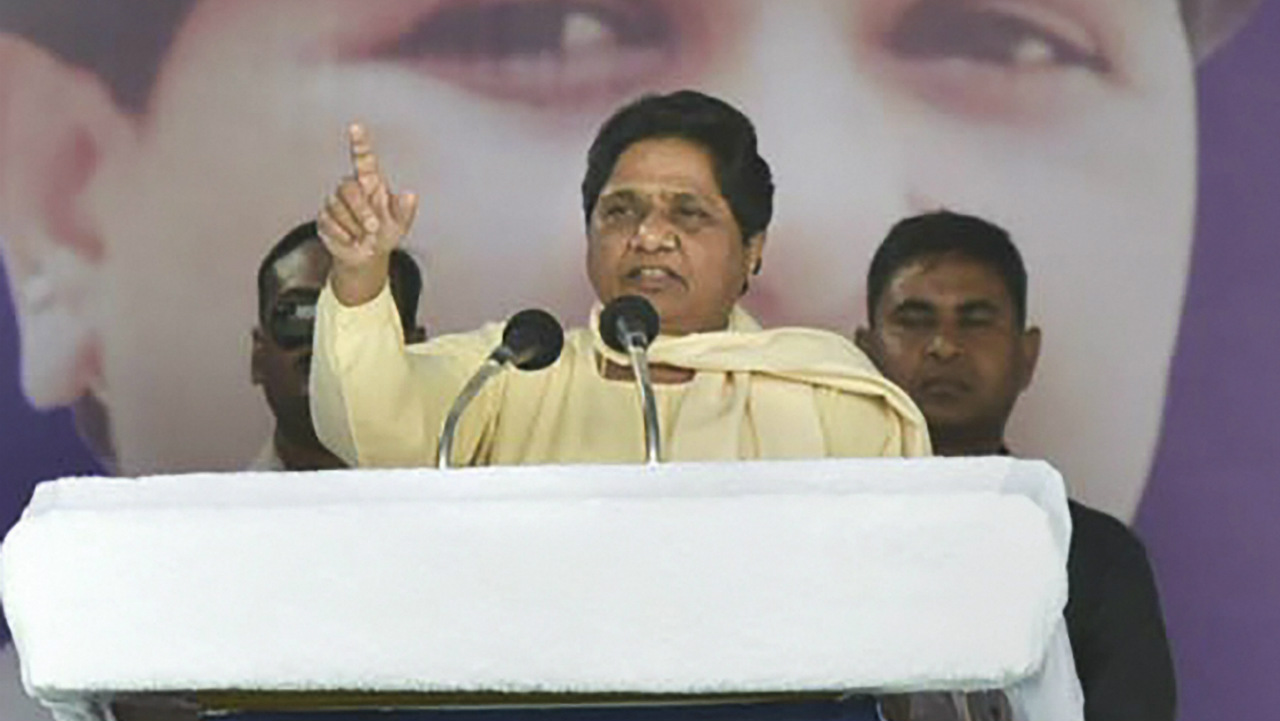 Out of the 230 constituencies, 34 fall in the Chambal-Gwalior region, which has high concentration of Scheduled Caste (SC) voters. SCs form the core of BSP's supporters. This could hurt the Congress' chances, especially in this region. (Image: PTI)