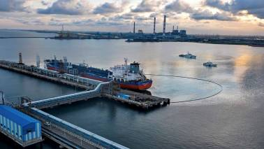 Coast Guard notice to ship master to clean up Chennai oil spill