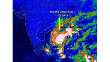 Cyclone Gaja intensifies into severe storm, landfall in Tamil Nadu on November 15