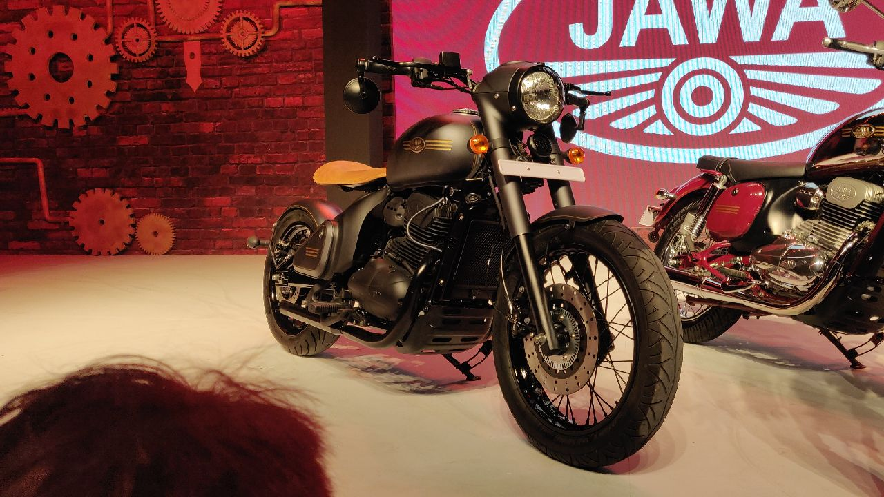 The Jawa and Jawa 42 feature a retro design, which is reminiscent of the original Jawas from the late 20th century. The Perak, on the other hand, comes with a contemporary bobber-style. (Image: Stanford Masters)