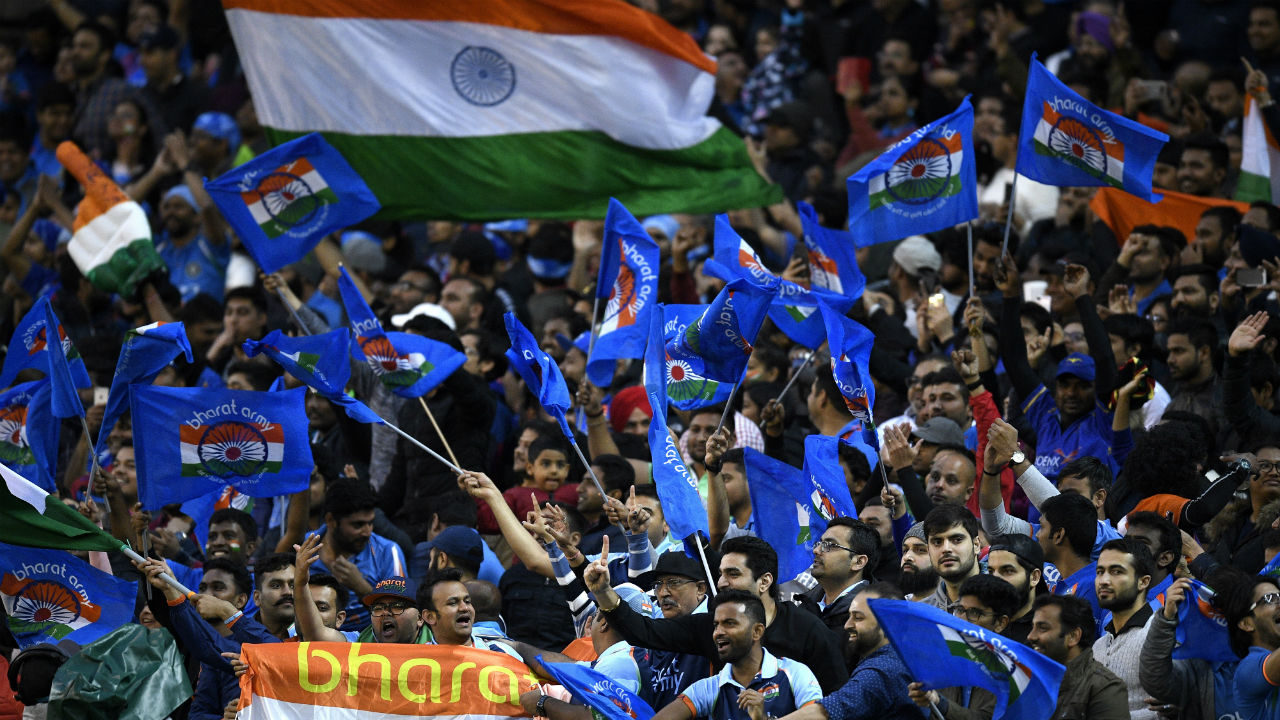 Indian fans turned up in huge numbers at Melbourne Cricket Ground for the 2nd T20I to cheer Men-in-Blue. Indian captain Virat Kohli won the toss and opted to bowl first. India went with the same playing XI as in the first match. Australia replaced Billy Stanlake with all-rounder Nathan Coulter-Nile owing to a niggle that Stanlake picked during warm-ups. (Image: AP)