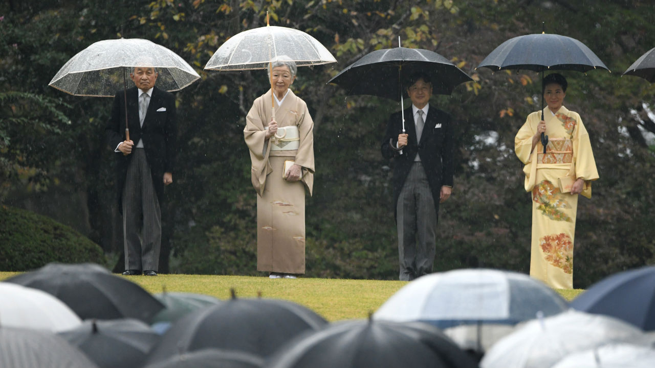(L to R) Japan's Emperor Akihito, Empress Michiko, Crown Prince Naruhito and Crown Princess Masako attend an autumn garden party at Akasaka Palace Imperial garden in Tokyo, Japan. (Image: Reuters)