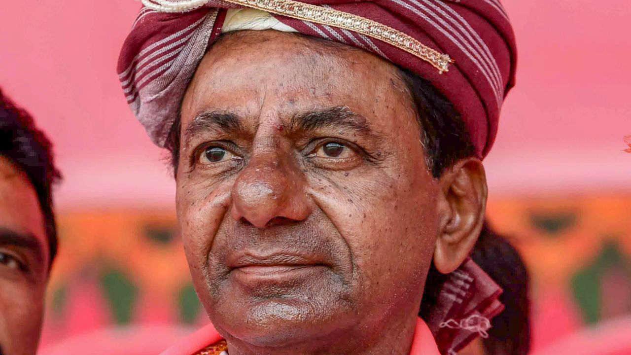 Telangana Caretaker Chief Minister K Chandrashekar Rao during a Telangana Rashtra Samithi (TRS) public meeting, in Mahabubnagar. (Image: PTI)
