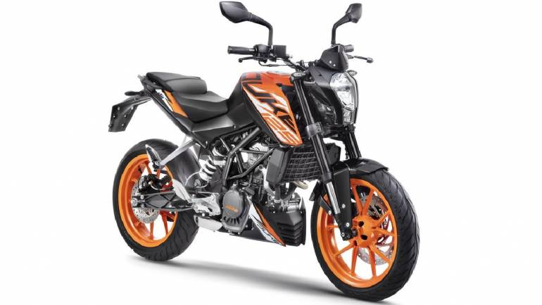 KTM Duke 125 finally rolls into India with a price tag of Rs 1 18 lakh