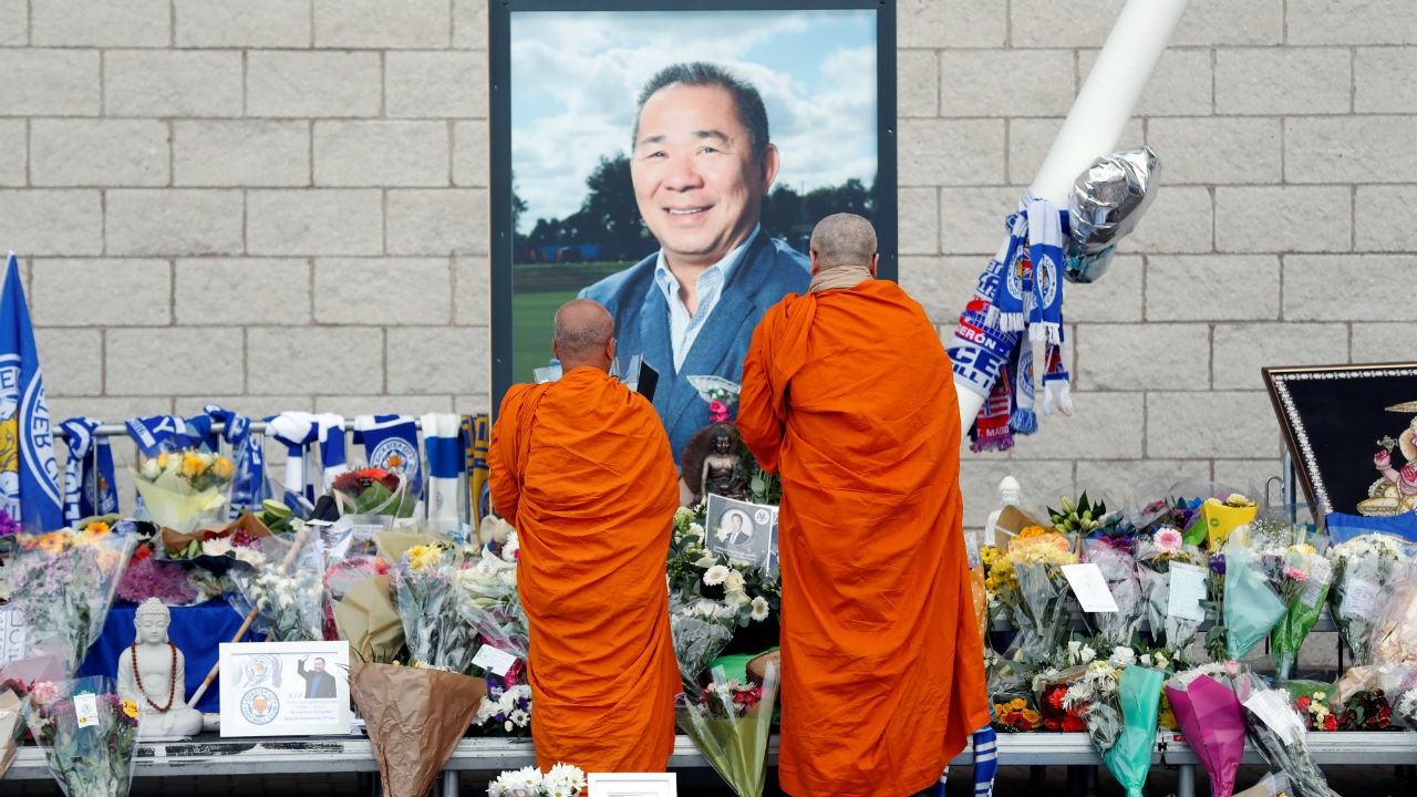 Tribute for Leicester City's owner | Two monks paid homage to Leicester City's owner Vichai Srivaddhanaprabha who died in a helicopter crash on October 27. The Thai billionaire was chairman of Thailand's leading travel retail group King Power and owned Premier League club Leicester City. (Image: Reuters)