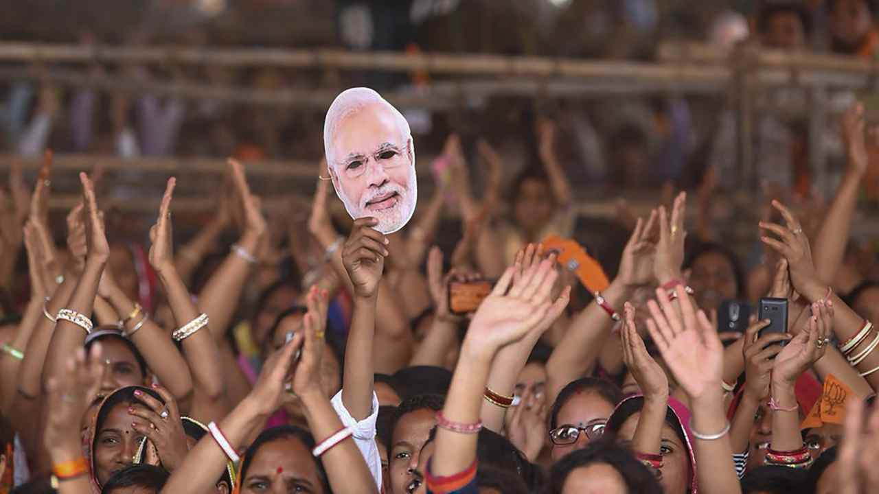 Hundreds gathered at Prime Minister Narendra Modi's election rally in Bhilwara. (Image: PTI)
