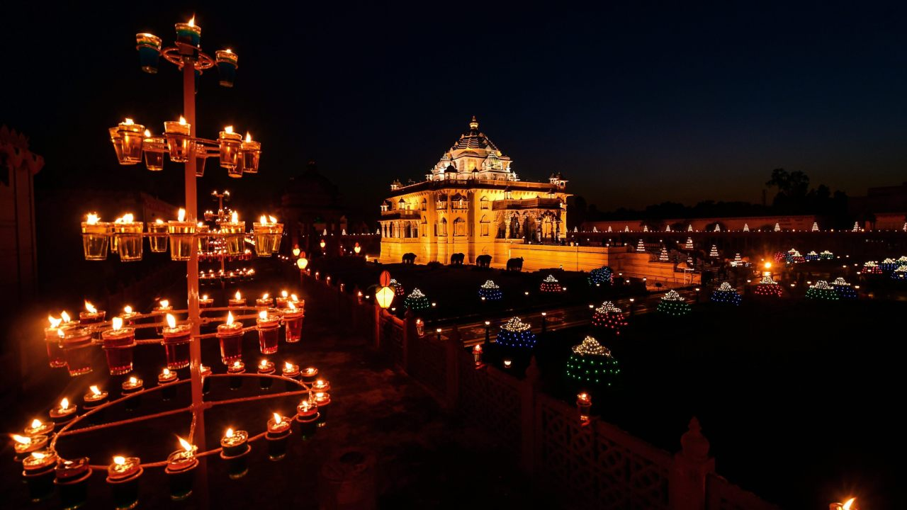 An illuminated Akshardham Temple on the occasion of Diwali festival, in Gandhinagar. (Image: PTI)