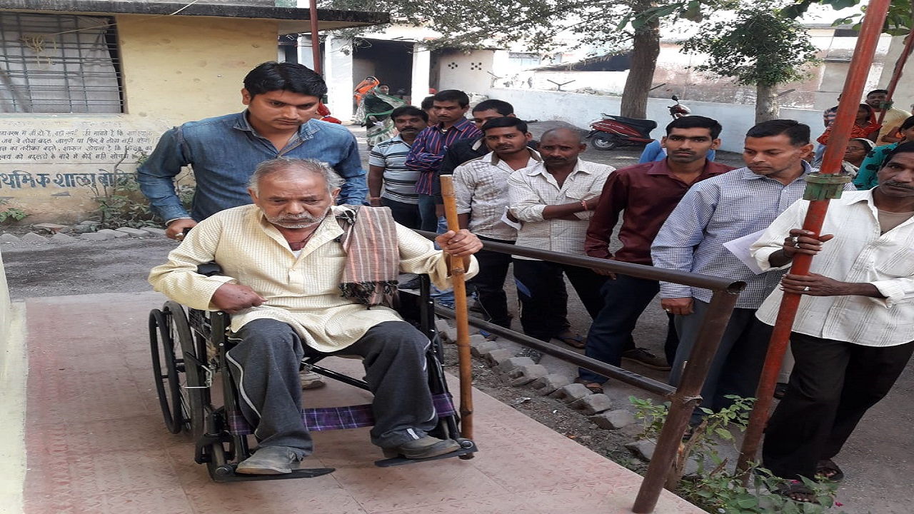 Pictured: A 102-year-old man at a polling station in Durg. Elderly voters came out to vote in large numbers during the second phase of polling today. (Image: CEO Chhattisgarh/Twitter)