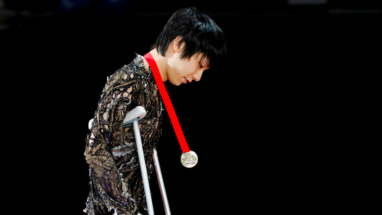 Yuzuru Hanyu won the Rostelecom Cup, which is an international senior-level figure skating competition. He hopped back on to his crutches backstage after his completing his performace. The double Olympic champion twisted his right ankle during practice, but several hours later, had the highest-scoring free skate with three quadruple jumps to clinch the gold medal. (Image: Reuters)
