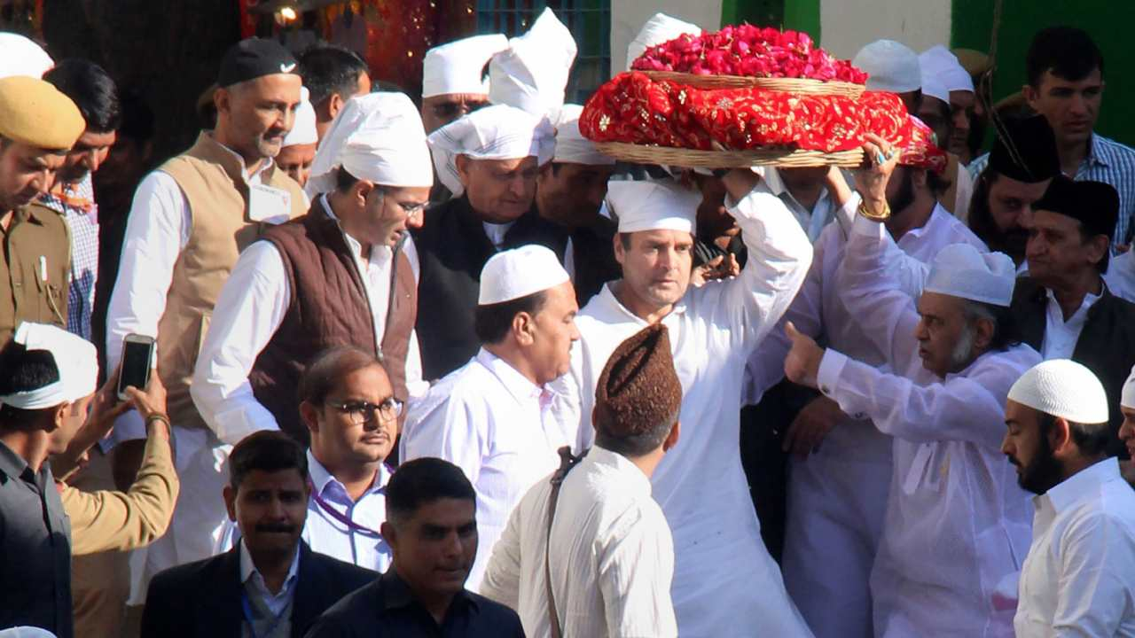 Rahul Gandhi, along with RPCC chief Sachin Pilot and former Rajasthan CM Ashok Gehlot, arrives to offer prayers at Ajmer Dargah Sharif. (Image: PTI)