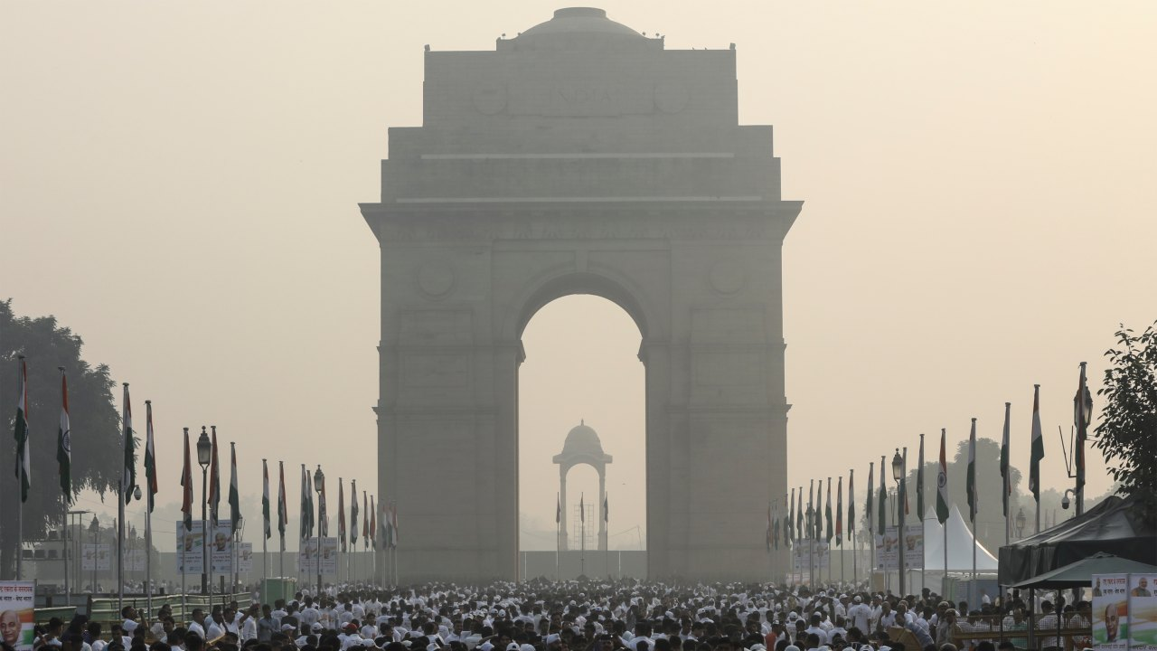 People participate in 'Run For Unity' to mark the 143rd birth anniversary of Sardar Vallabhbhai Patel at India Gate, on October 31. (Image: Reuters)