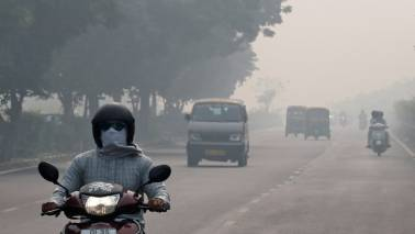 Air quality in Delhi falls to 'very poor' category; to improve later this week