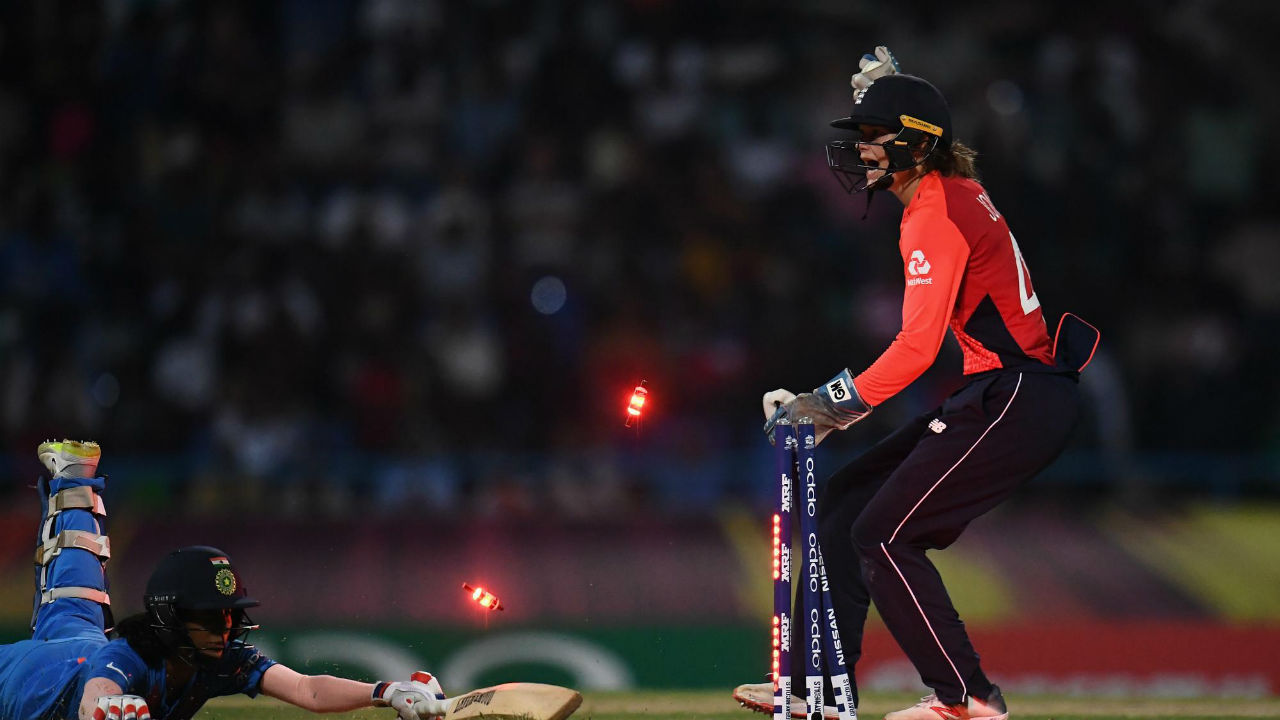 Skipper Harmanpreet Kaur and Jemimah Rodrigues then added 36 runs for the fourth wicket before Rodrigues was run out in the 14th over thanks to some good work by Tammy Beaumont in the field. Rodrigues returned with 26 off 26 deliveries. (Image: Icc-cricket.com)