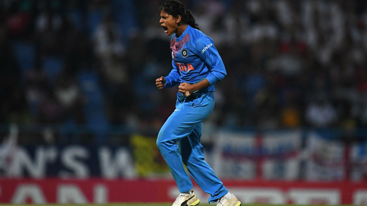 Radha Yadav got India off to a great start when she dismissed Tammy Beaumont in the 2nd over. Beaumont mistimed a slog-sweep picking out Arundhati Reddy at midwicket. Deepti Sharma then scalped Danielle Wyatt in the 5th over as India reduced England to 24/2. (Image: Icc-cricket.com)