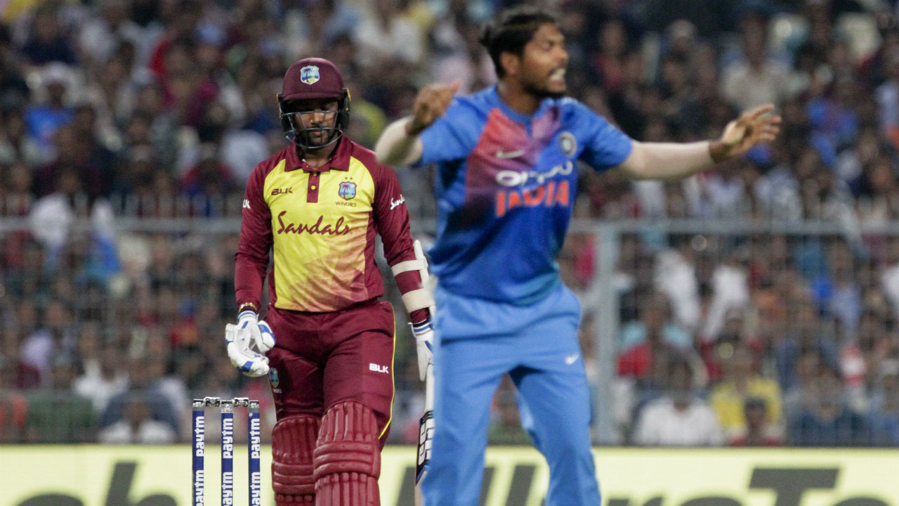 Umesh Yadav gave India the perfect start when he got Denesh Ramdin caught behind in the 3rd over. Shai Hope and Shimron Hetmyer were involved in a terrible mix-up in the next over which resulted in Shai Hope getting run-out. (Image: AP)