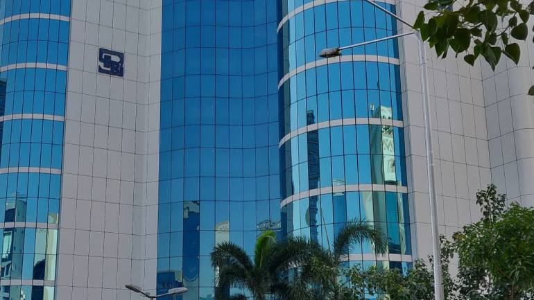 Govt may allow direct listing of Indian companies on foreign exchanges: Report