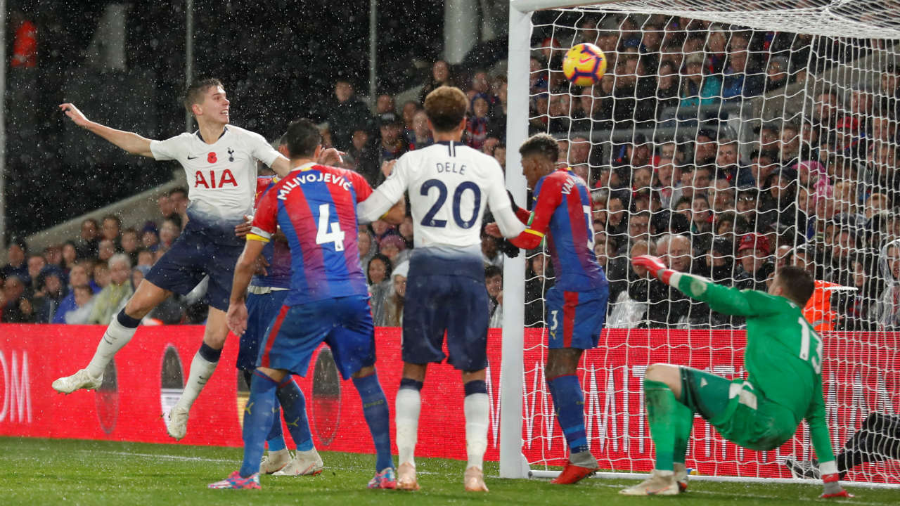 Crystal Palace 0 – 1 Tottenham Hotspur | Tottenham's 20-year-old Argentinean defender Juan Foyth conceded two penalties on his Premier League debut in Spurs' 3-2 victory at Wolves last week. However, the youngster was the quickest to react as he headed home Harry Kane's partially blocked header to give his team all three points. Palace pushed for an equalizer late on but couldn't find a way past Hugo Lloris who made a string of good saves. (Image: Reuters)