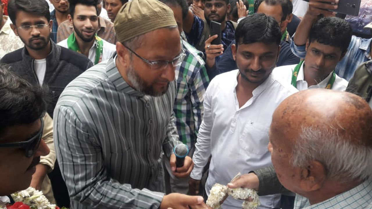 AIMIM President Asaduddin Owaisi during a door-to-door campaign in Malakpet assembly constituency. (Image Facebook/@Asaduddinowaisi)