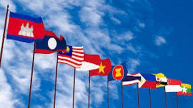 Southeast Asian leaders throw weight behind China-led trade pact