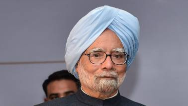 Trust between govt, business community eroded: Manmohan Singh