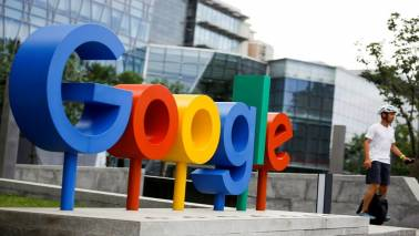 Google launches shopping website in India