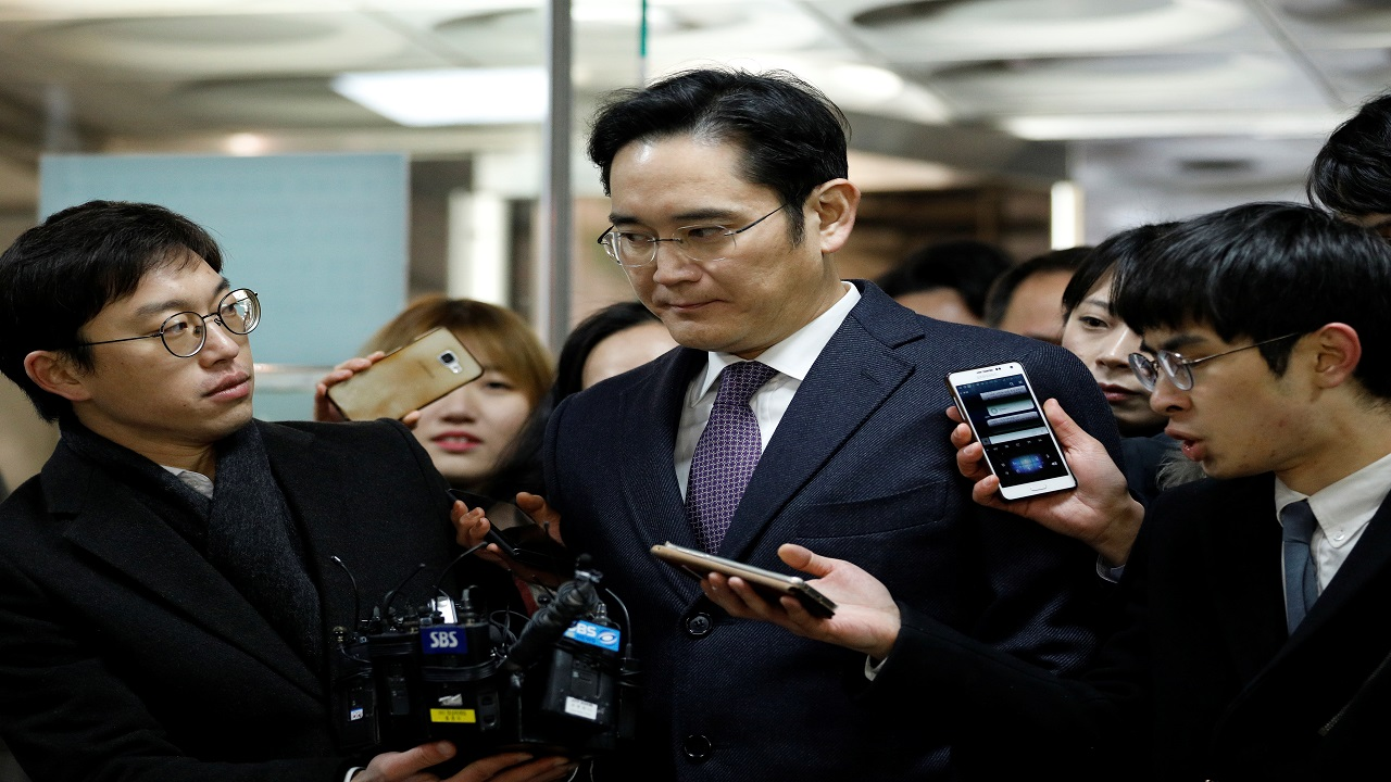 Samsung Vice-Chairman and de facto head, Jay Y Lee, is also in attendance. (Image: Reuters) | Disclaimer: Reliance Industries Ltd. is the sole beneficiary of Independent Media Trust which controls Network18 Media & Investments Ltd.