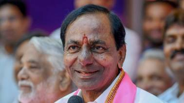 K Chandrasekhar Rao slams Congress, BJP; favours federal front