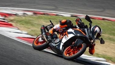KTM RC 390 spied testing, gets larger fairing along with reworked tank