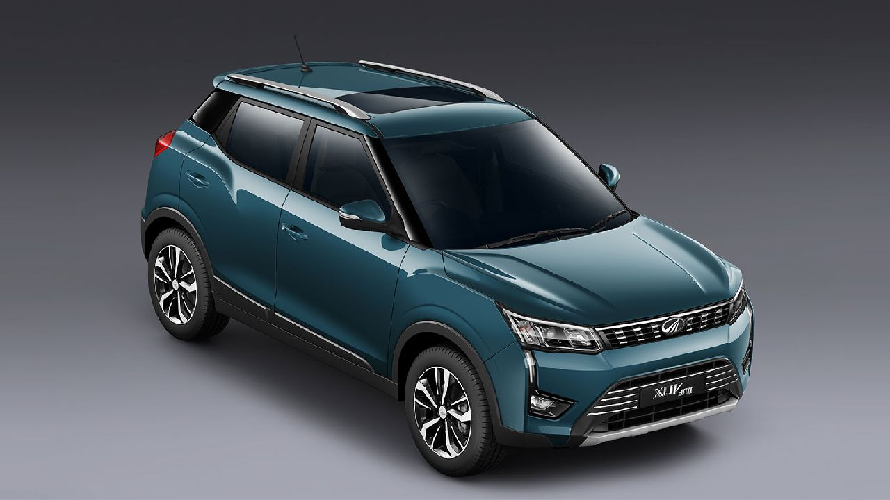 While it is based on the SsangYong Tivoli's X100 platform, M&M has tailored the XUV300 for the Indian market. The SUV now comes in a more compact form factor, so it fits the 4-metre bracket, along with a change in the suspension set up and a new steering mechanism. (Image: Mahindra & Mahindra)