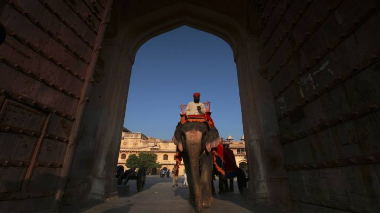 Crude oil and elections are the elephants in the room for the Indian economy in 2019 (Image: Reuters)