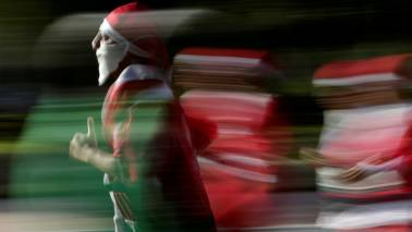 Hold on to your bets! Santa Claus rally in December is on the cards