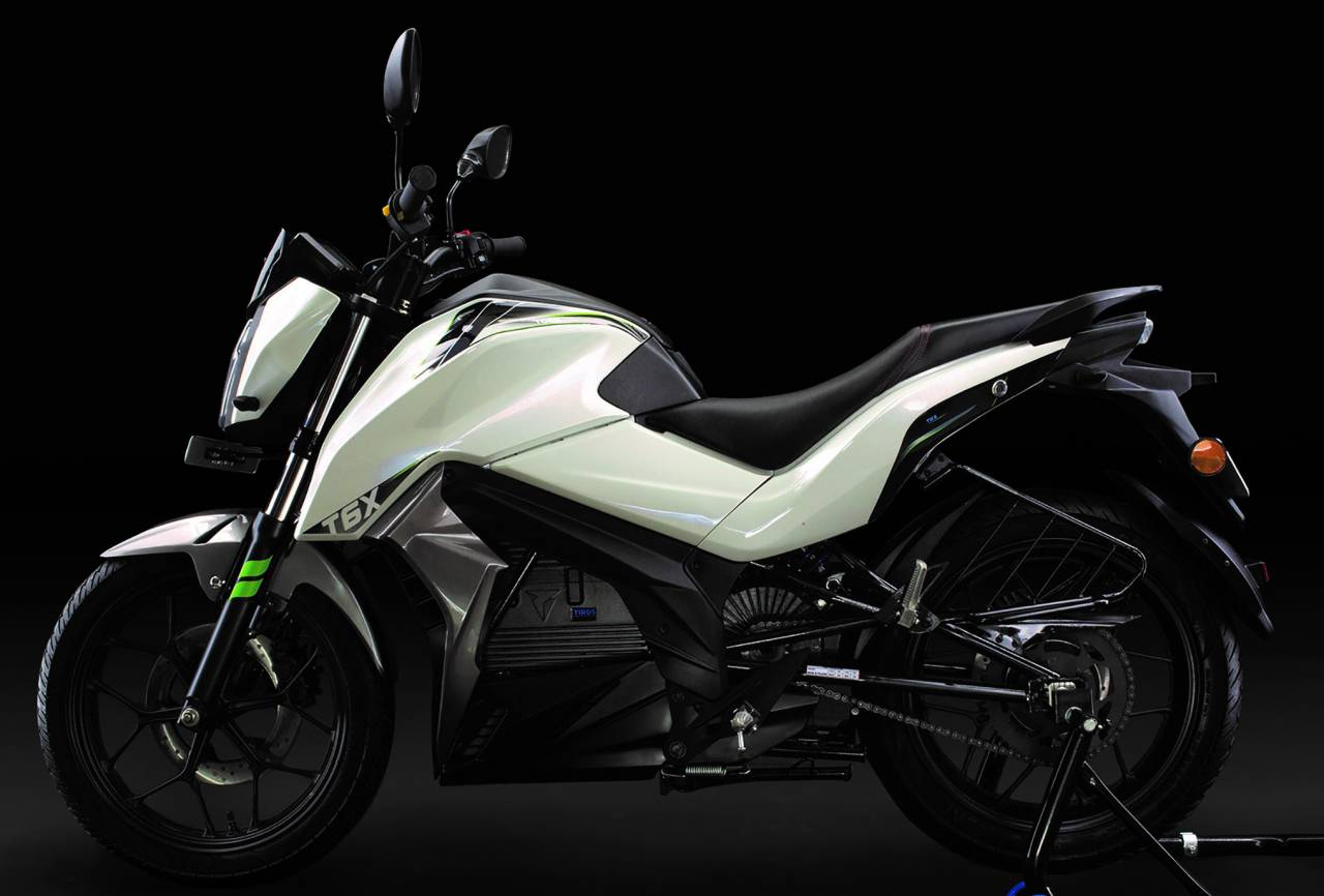 2019   Tork T6X   The Pune-based company is ready to roll out T6X, touted to be amongst the fastest elctric motorcycles ever built. T6X boasts of a top speed of 100 km/hr and has a range of 100 km. The electric bike is expected to launch with an estimated price of Rs. 1.25 lakh. (Image: Tork)