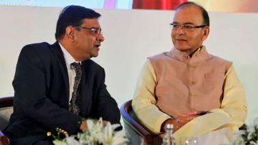 Regulators can't work in isolation: Arun Jaitley on spar with RBI, Urjit Patel