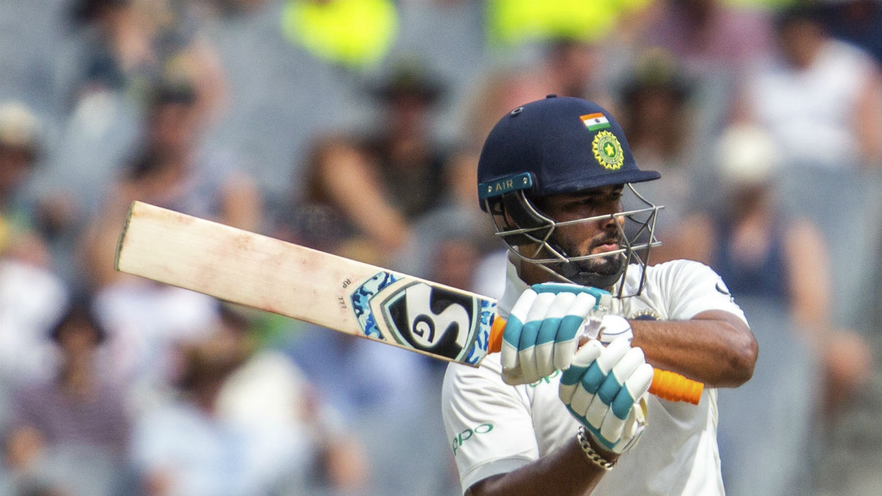After Rahane's wicket, Rishabh Pant and Ravindra Jadeja came together and took India's total beyond 200. (Image: AP, File)