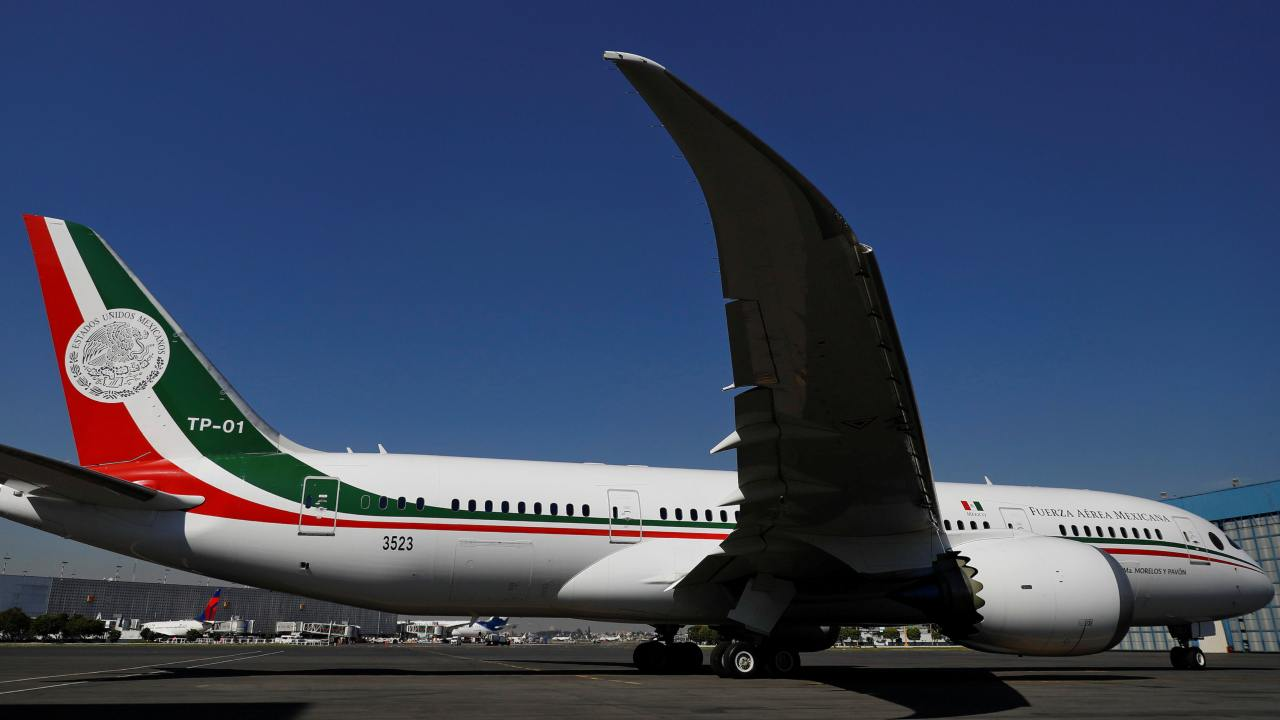 The luxurious Boeing 787 Dreamliner that was used by erstwhile President Pena Nieto is among the 60 government planes and 70 helicopters that the new president wants sold. The aircraft was transported to a facility in California on December 3 where Boeing will maintain the jet until it finds a new owner. (Image: Reuters)