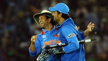 India vs Australia: Sachin Tendulkar expects Dhoni to 'anchor' and 'control' the game now