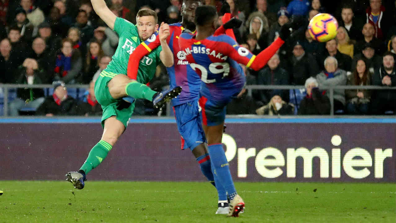 Crystal Palace 1 - 2 Watford | Watford substitute Tom Cleverley volleyed a brilliant 74th-minute winner as they came from behind to beat Crystal Palace at Selhurst Park. Craig Cathcart's own goal put Palace in front just in the third minute of the match. Cathcart though atoned for his sin as he scored the equalizer for Watford in the 67th minute. Seven minutes later Cleverly scored Watford's second goal which ultimately proved deceive. Watford moved up to seventh on 32 points while Palace are 14th on 22, four points above the relegation zone. (Image: Reuters)