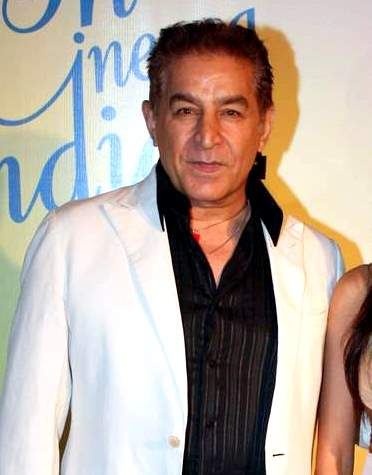 "Answer: Dalip Tahil (ramani) Sabira Merchant, who hosted What's the good word on DD Play: Street Car Named Desire Director: Alyque Padamsee Dalip Tahil made his debut in Ankur. It got laurels for both Shabana Azmi and Shyam Benegal. The 1980 blockbuster was Shaan - It was his performance in Streetcar that catapulted Dalip into Bollywood. Javed Akhtar, after sitting through his performance, took him to meet Ramesh Sippy. The result was Shaan. ""My role in the film wasn't a great one,"" says Dalip, ""but Shaan was a huge film. It had Amitabh Bachchan and Shashi Kapoor in it, and it was quite an experience watching Ramesh Sippy work."
