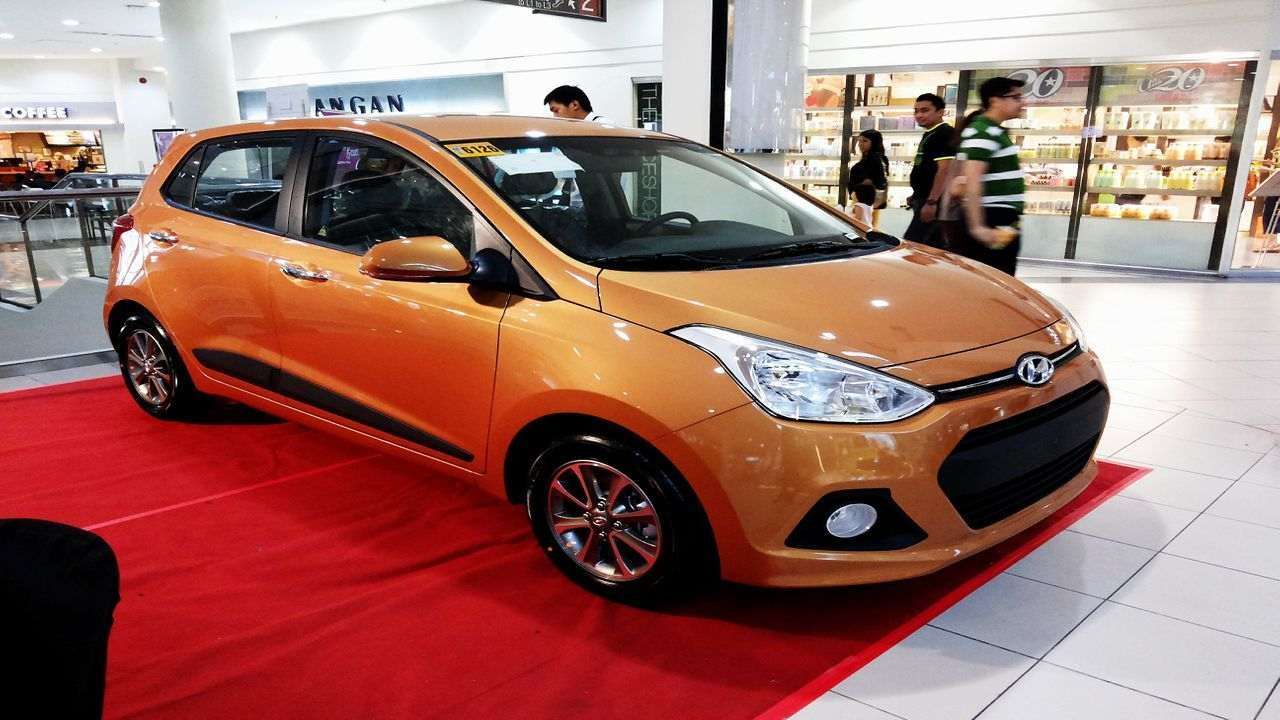 Dealers of India's second largest car making company Hyundai are saddled with excess stock of the Grand i10. The company is therefore offering benefits of up to Rs 95,000 on the hatch on both petrol and diesel models (Image: Hyundai India)