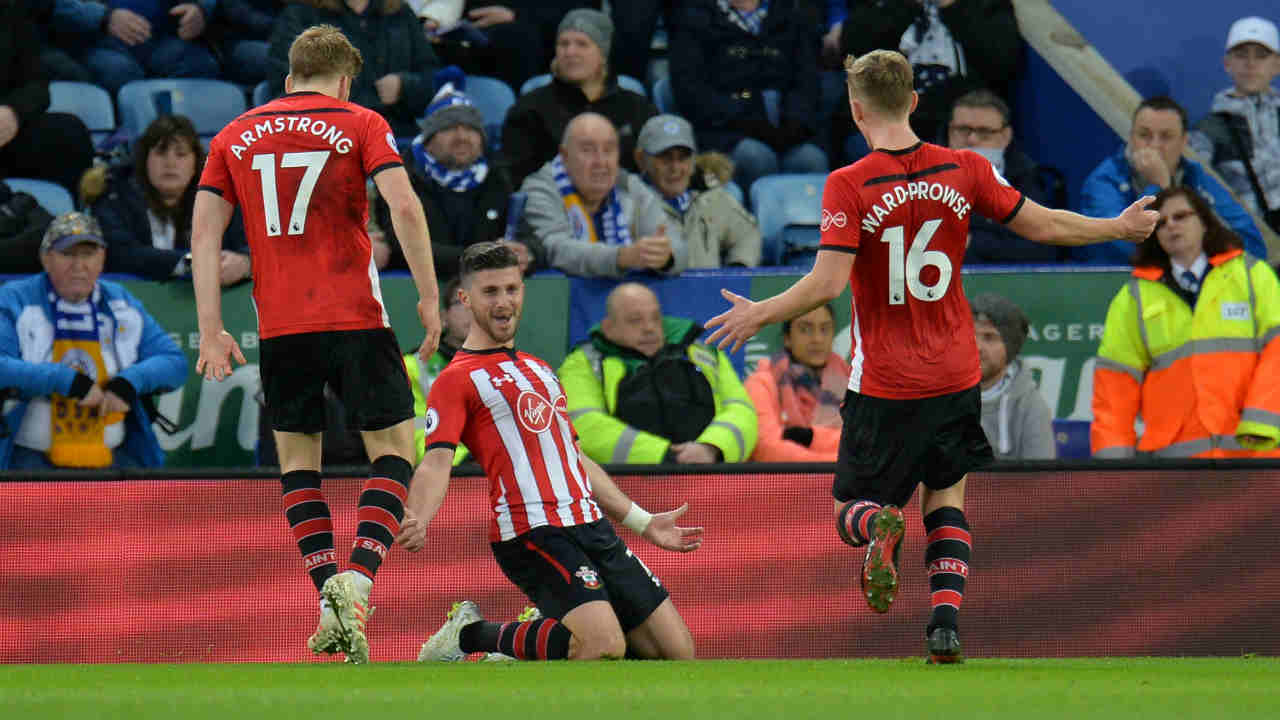 Leicester City 1 - 2 Southampton | Southampton won its fixture against Leicester City at King Power Stadium to move out of relegation zone. James Ward-Prowse scored the first goal of the match in the eleventh minute to put the Sains in front. The task for the visitors task was seemingly made more difficult when Yan Valery was sent off for a second yellow card just before halftime. However, Shane Long netted Southampton's second goal just two minutes after the play resume after half-time to put his team in command. Oniyinye Ndidi's goal in the 58th minute for Leicester proved merely of academic interest as Southampton cruised to the win. (Image: Reuters)