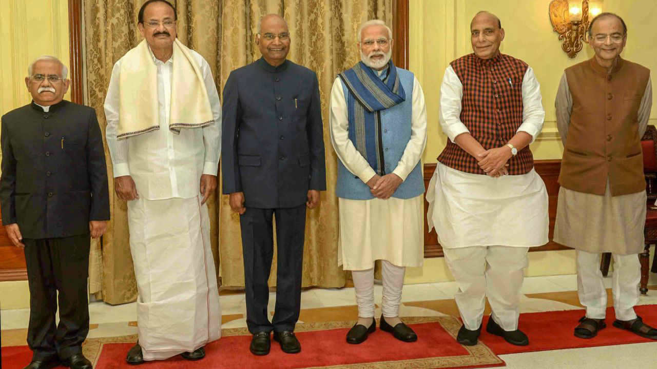 Newly sworn-in Chief Information Commissioner Sudhir Bhargava (L) with President Ram Nath Kovind, Vice President M Venkaiah Naidu, Prime Minister Narendra Modi, Home Minister Rajnath Singh and Finance Minister Arun Jaitley after taking oath of office at Rashtrapati Bhavan in New Delhi. (Image: PTI)